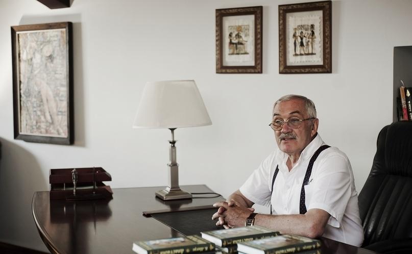 Владимир Мегре, российский писатель