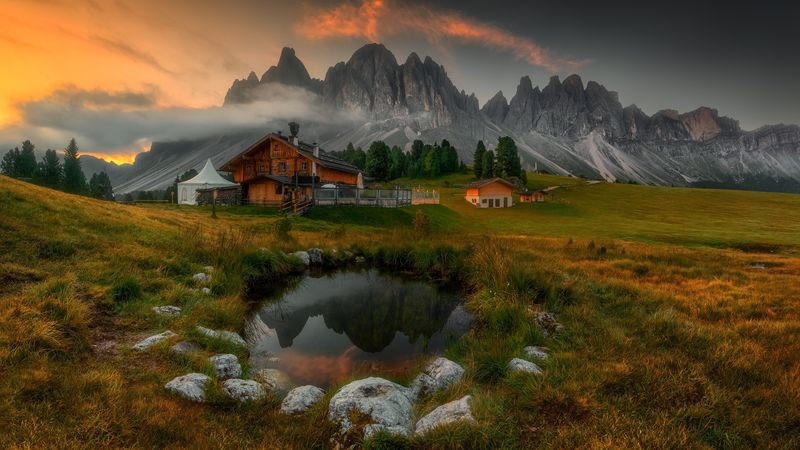priroda peizazh italiia gory dolomity oblaka prudik kamni tr 2